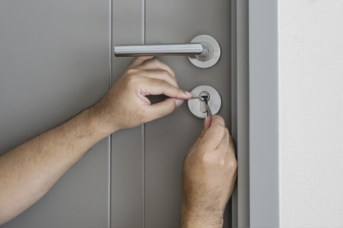 St Petersburg Locksmith Store St Petersburg, FL 727-264-5577